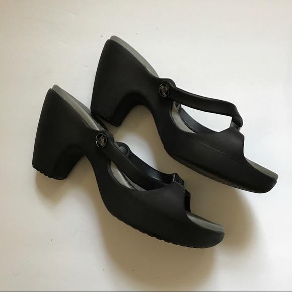 d04a819d1aa5 CROCS Shoes - Crocs Women s Cyprus High Heel Sandal Size 8
